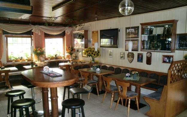 Foto 9 von Gaststätte Hubertushof in Dormagen