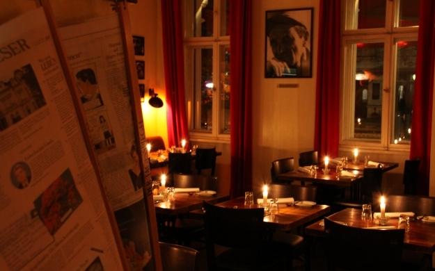 Foto 5 von Aznavourian Bar Restaurant Caf' Conc' in Berlin