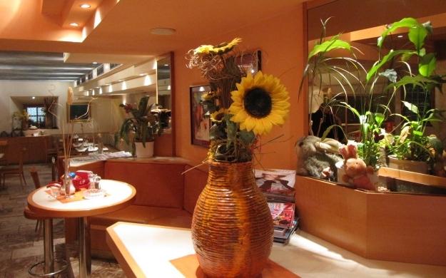 Foto 3 von Cafe - Restaurant Schmankerl in Innsbruck