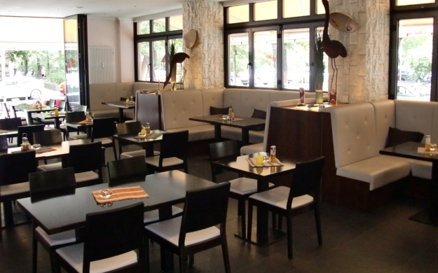 pho 56 berlin charlottenburg wilmersdorf asiatisch biergarten vietnamesische k che. Black Bedroom Furniture Sets. Home Design Ideas