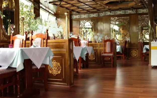 china restaurant peking berlin charlottenburg wilmersdorf chinesisch biergarten chinesische k che. Black Bedroom Furniture Sets. Home Design Ideas