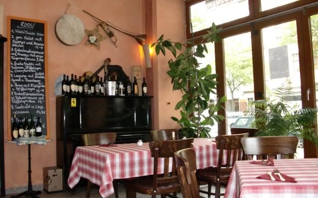 trattoria rossi berlin charlottenburg wilmersdorf gastst tte wirtshaus. Black Bedroom Furniture Sets. Home Design Ideas