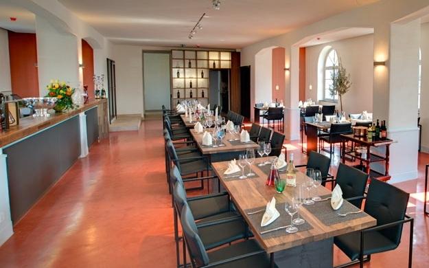 Villa behr hotel wendlingen am neckar bierg rten for Behr wendlingen