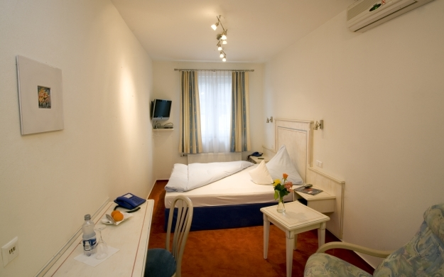 Foto 9 von Hotel - Restaurant Steuermann in Karlsruhe