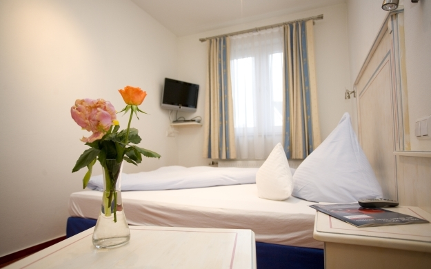 Foto 2 von Hotel - Restaurant Steuermann in Karlsruhe