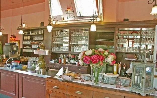 Foto 3 von Café-Restaurant Paradies in Mannheim