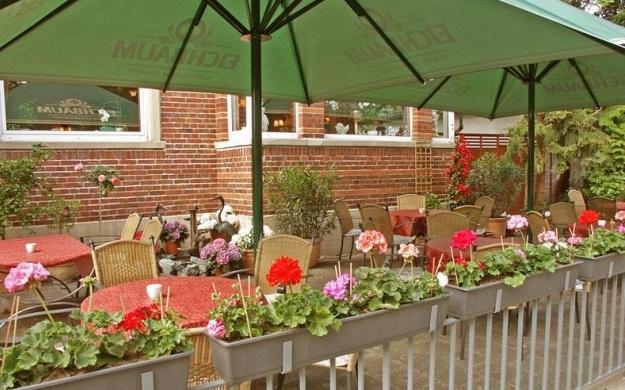 Foto 2 von Café-Restaurant Paradies in Mannheim