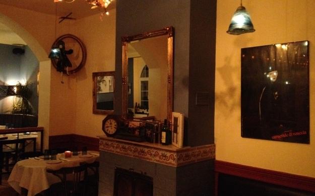 Foto 7 von Mandragoras Wein-Bar-Restaurant in Berlin