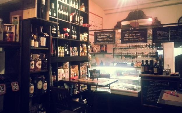 Thumbnail für Vincenzos Enoteca Italienische Delikatessen + Weine