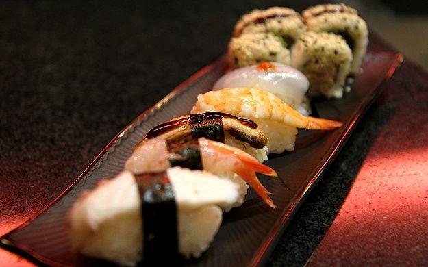 nagoya japanisches restaurant sushi grill k ln abholservice sushi japanische k che. Black Bedroom Furniture Sets. Home Design Ideas