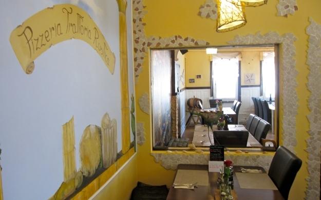 Foto 10 von Pizzeria Trattoria Rustica in Stuttgart