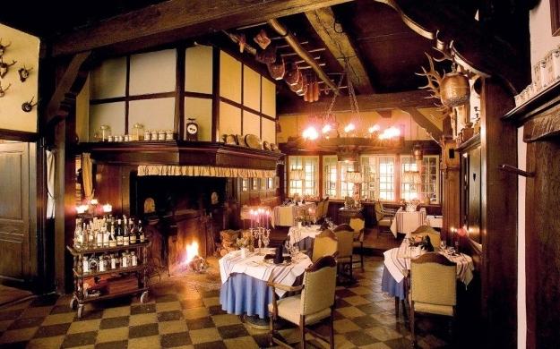 restaurant hof zur linde m nster handorf caf s bistros. Black Bedroom Furniture Sets. Home Design Ideas