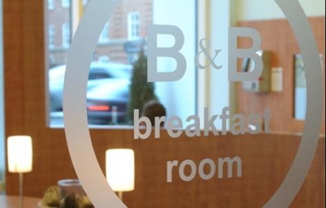 Foto 2 von B&B Hotel Stuttgart-City in Stuttgart