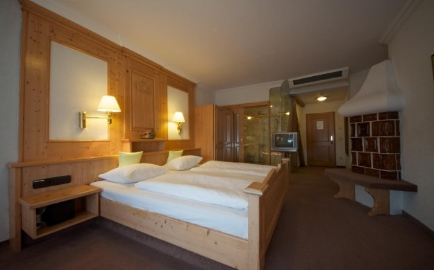 Thumbnail für AAAA Hotelwelt