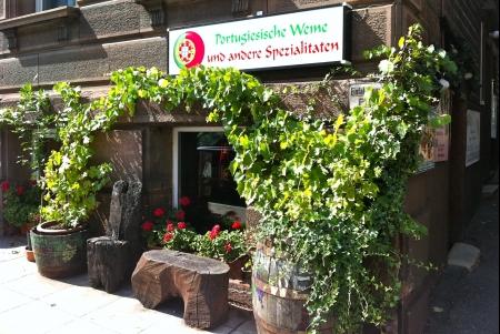 Photo von Portugiesische Weine und Feinkostspezialitäten in Stuttgart