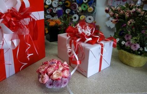 Foto 3 von Geschenke-, Blumen und Verpackungsservice in Berlin