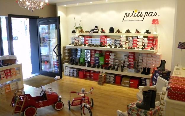Foto 1 von petits pas - Der Kinderschuhladen in Düsseldorf