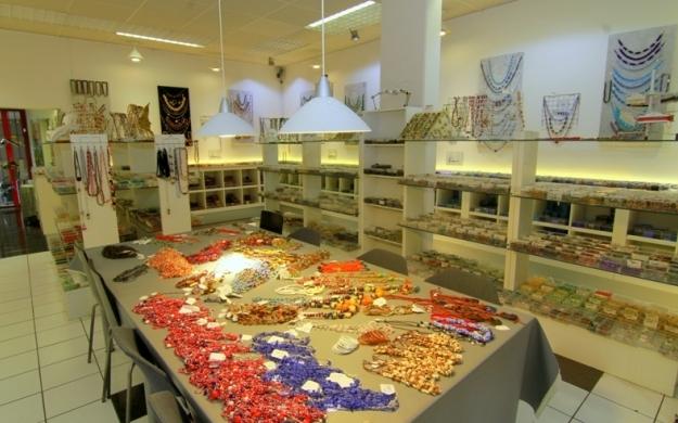 Foto 3 von Beads-N-More Glasperlen und Zubehör in Stuttgart