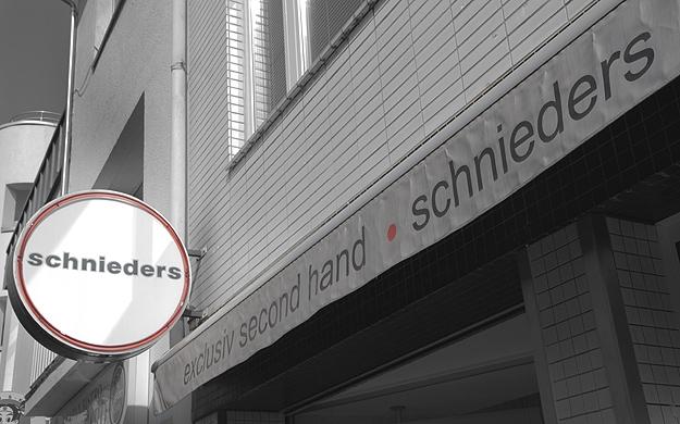 Foto 12 von exclusive second Hand - Schnieders in Köln