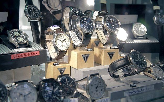 Foto 15 von Mollérus Uhren & Schmuck in Köln