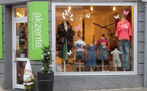 Foto 2 von akzente. Kinder- und Damenmode in Stuttgart