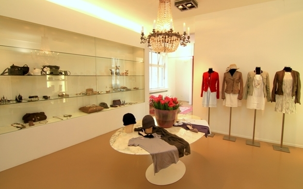 Photo von STRASSBURGER MODEACCESSOIRES in Stuttgart