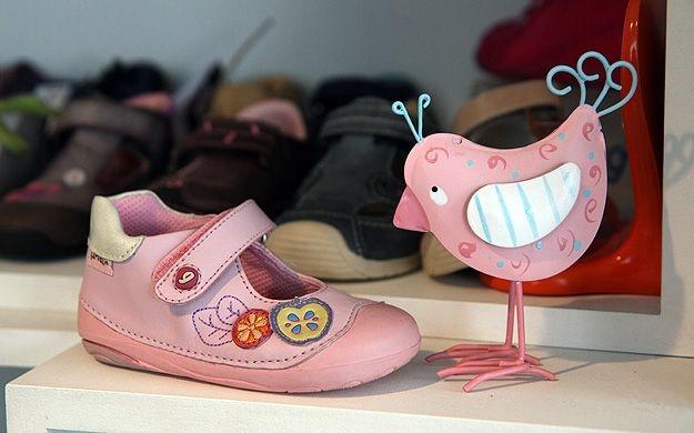 Thumbnail für Schuhanzieher - Kinderschuhfachgeschäft