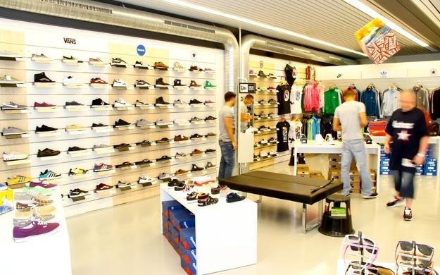 Foto 4 von BEYSTYLE Sneakers & More in Böblingen