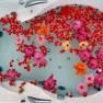 Badewanne mit Blüten