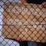 https://pixabay.com/de/zaun-schild-flüchtlinge-willkommen-978138/