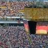 https://flic.kr/p/4ZNEGK/flickr.com/ Martin Fisch / public viewing / Public Viewing des EM Finales 2008 - in der frankfurter Commerzbank-Arena
